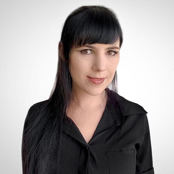 Iris Tanhemnayu Portrait