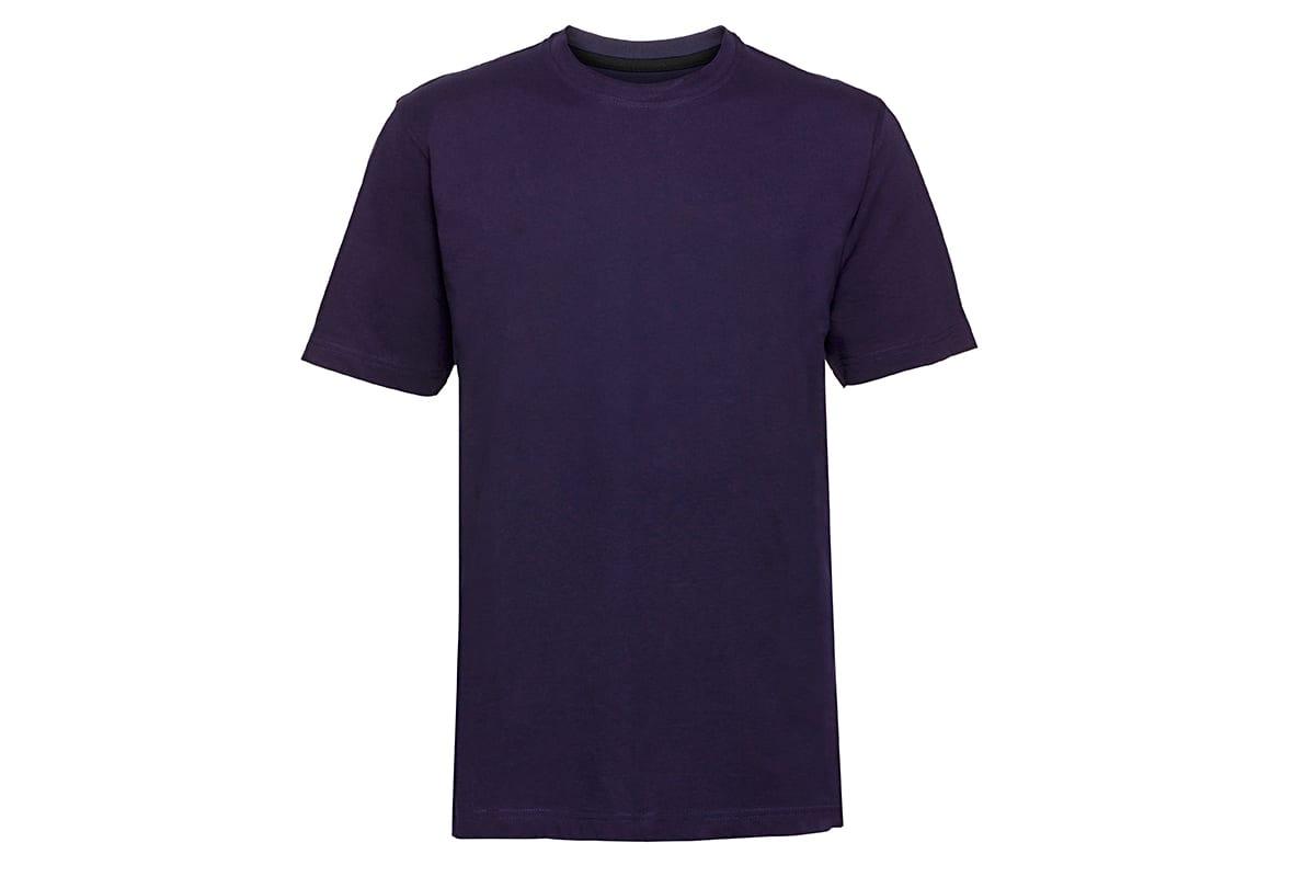Blaues T-Shirt auf weißem Hintergrund | nach den Farbkorrekturen