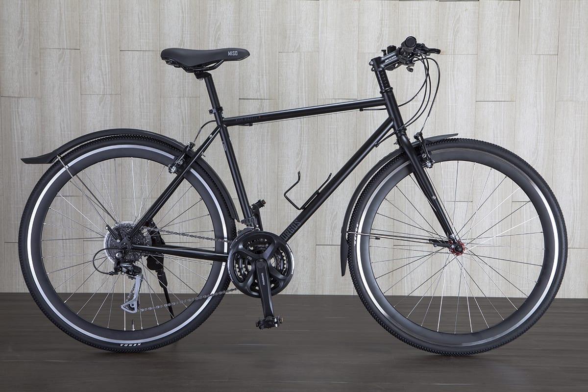 Fahrrad steht in einem Raum | ohne Freisteller Service
